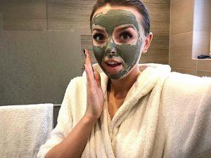 Skuteczne oczyszczanie twarzy – 5 domowych sposobów